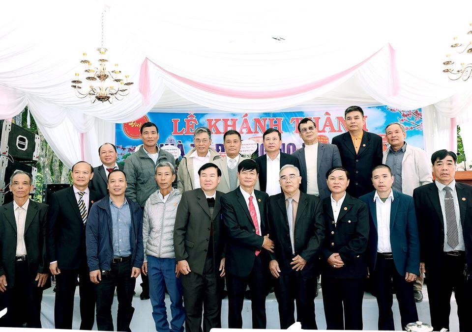 Các đại biểu về tham dự Lễ khánh thành